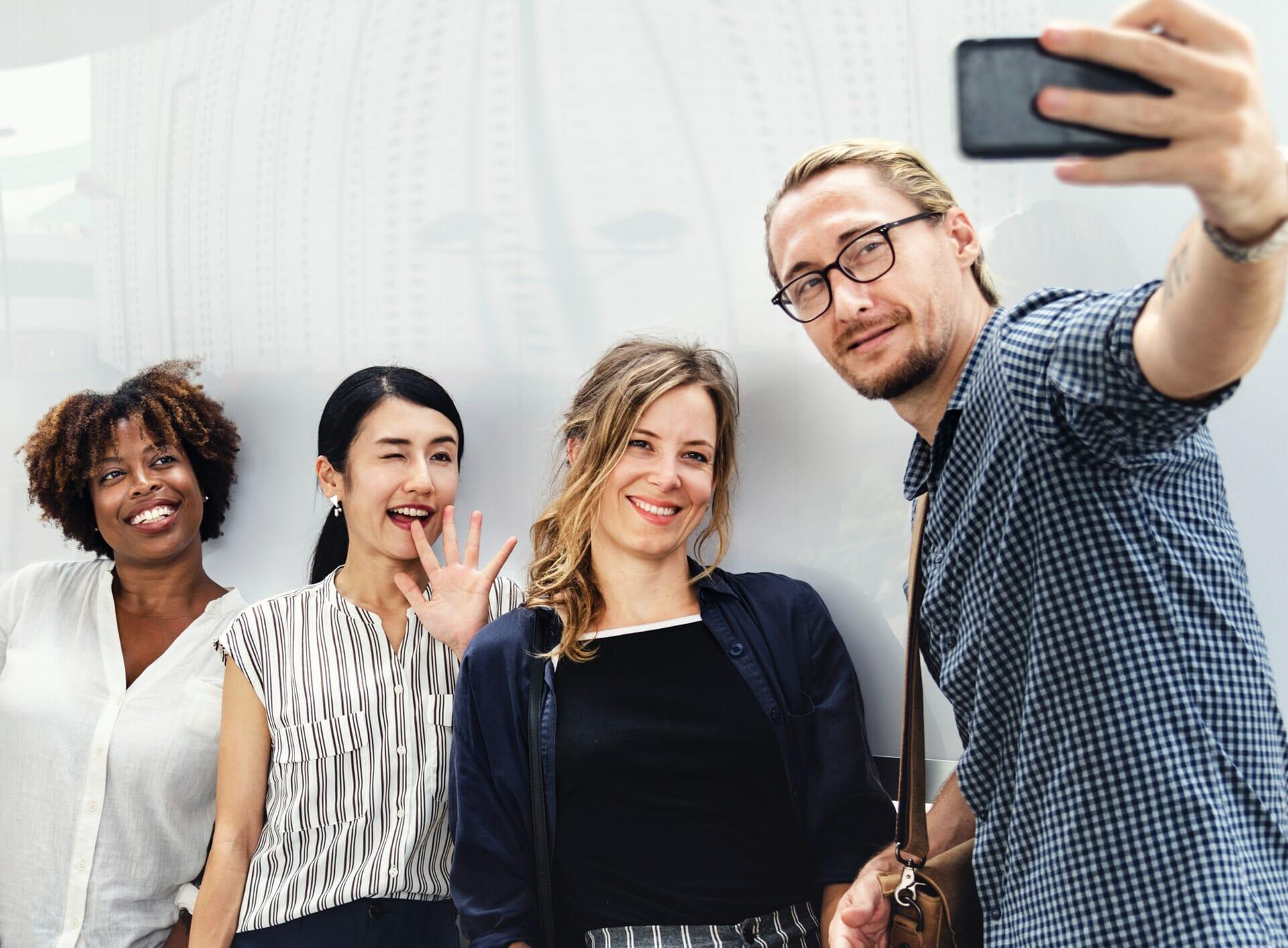 social media ideas for small business, social media post ideas for business 2019, creative social media post 2019, social media for small business owners, social media posts example, social media for small business tips, social media marketing, social media business